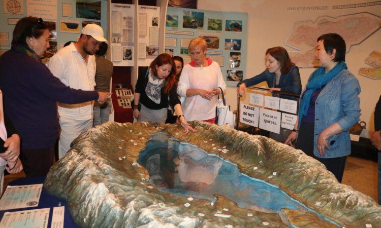 museum+tour operators pr