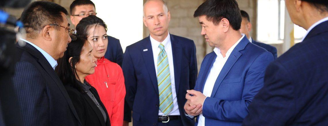 Премьер министр USAIDдин өнөктөштөрүнүн бири – Нарындагы сүт иштетүү заводу менен танышты